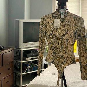XS snake print body suit guess regular $59.99